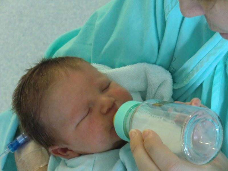 Perché i neonati rigurgitano?