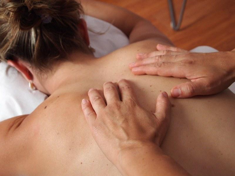 Corsi per massaggiatore: a chi rivolgersi?