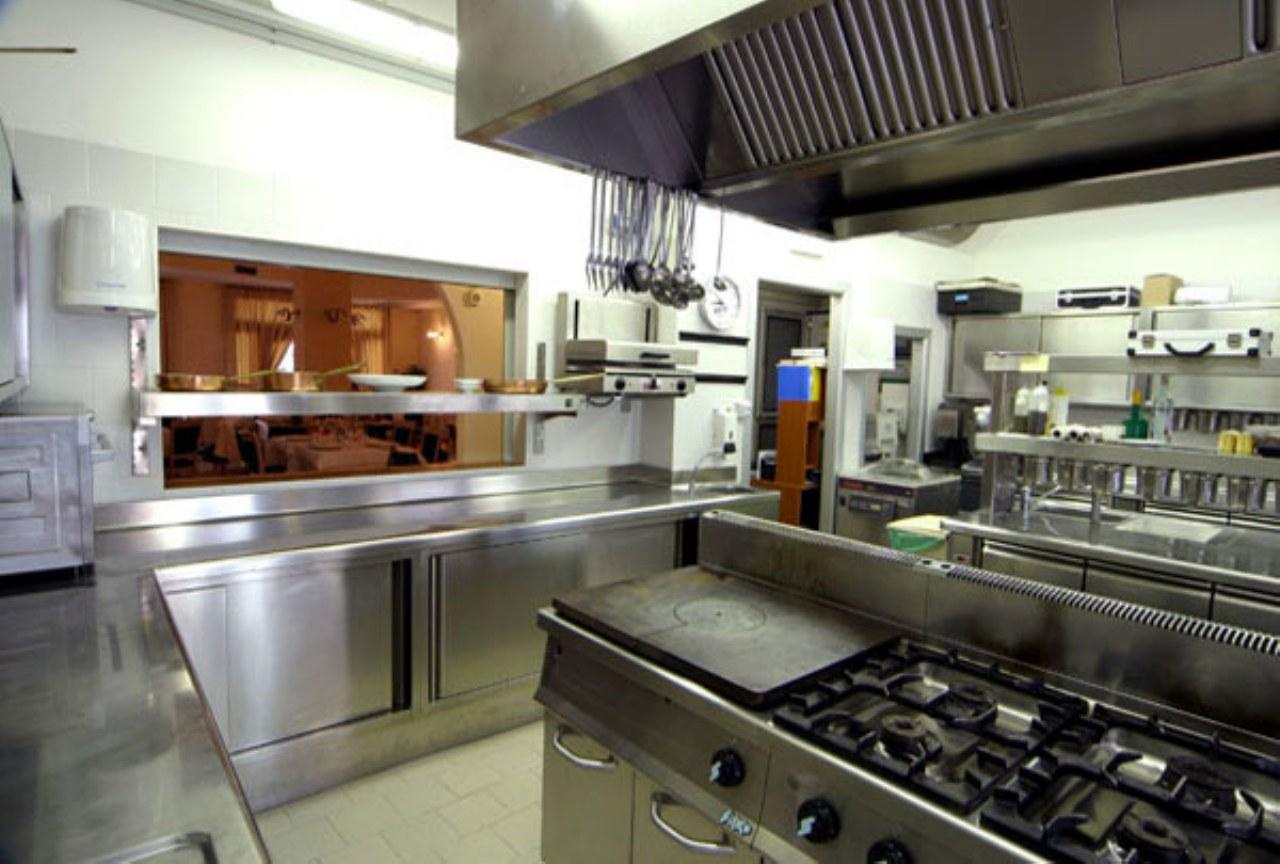 Progettazione e arredamento di una cucina industriale